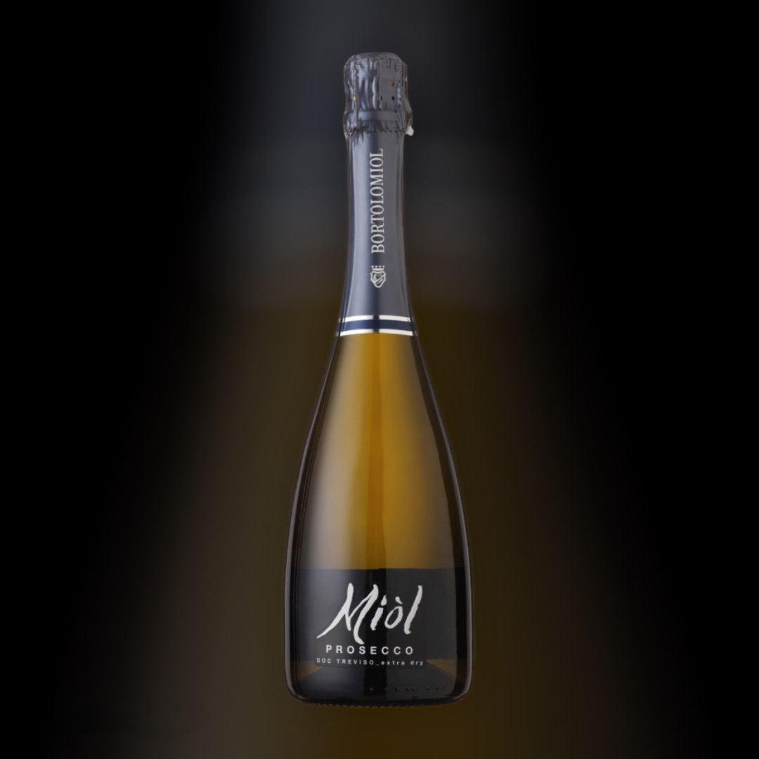 Доставка вина Prosecco Extra Dry Miol цілодобово по Києву